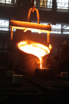 pouring castings